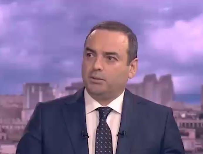 İlkin razılıq verilsə də, təyyarə boş geri qayıtdı-politoloq Anar Əliyev