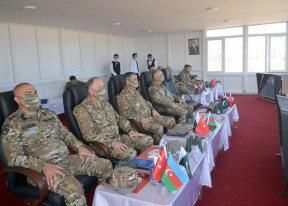 Zakir Həsənov, Əli Nağıyev, Türkiyə və Pakistan generalları bir arada